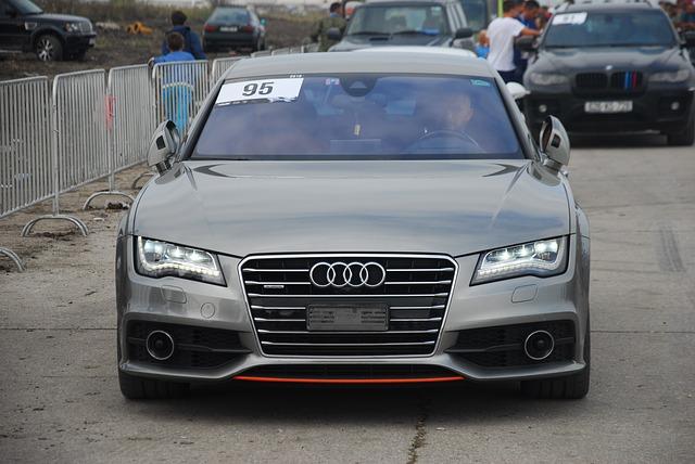 sportovní automobil Audi.jpg