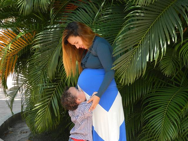 těhotná mamča